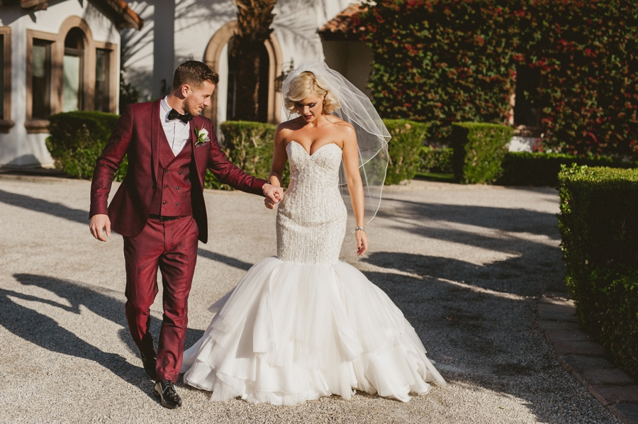 Jordan harvey and Kimberly Caldwell get married in Palm Springs at the Bougainvillea estate shot by EPlove_028