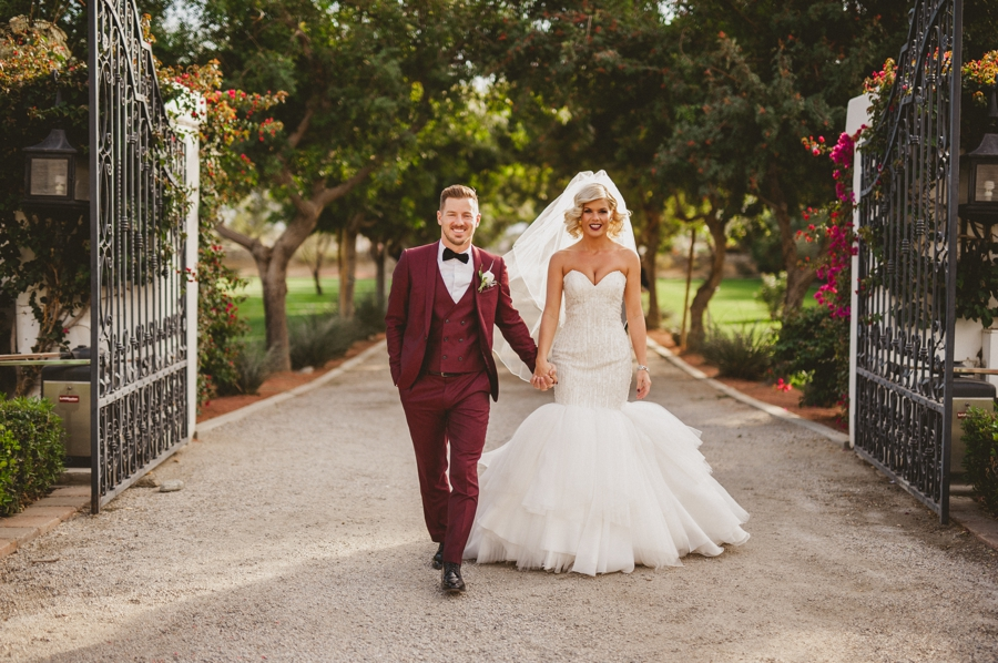 Jordan harvey and Kimberly Caldwell get married in Palm Springs at the Bougainvillea estate shot by EPlove_033