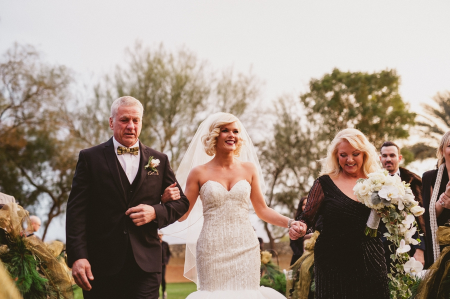 Jordan harvey and Kimberly Caldwell get married in Palm Springs at the Bougainvillea estate shot by EPlove_049