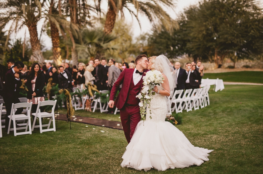 Jordan harvey and Kimberly Caldwell get married in Palm Springs at the Bougainvillea estate shot by EPlove_063