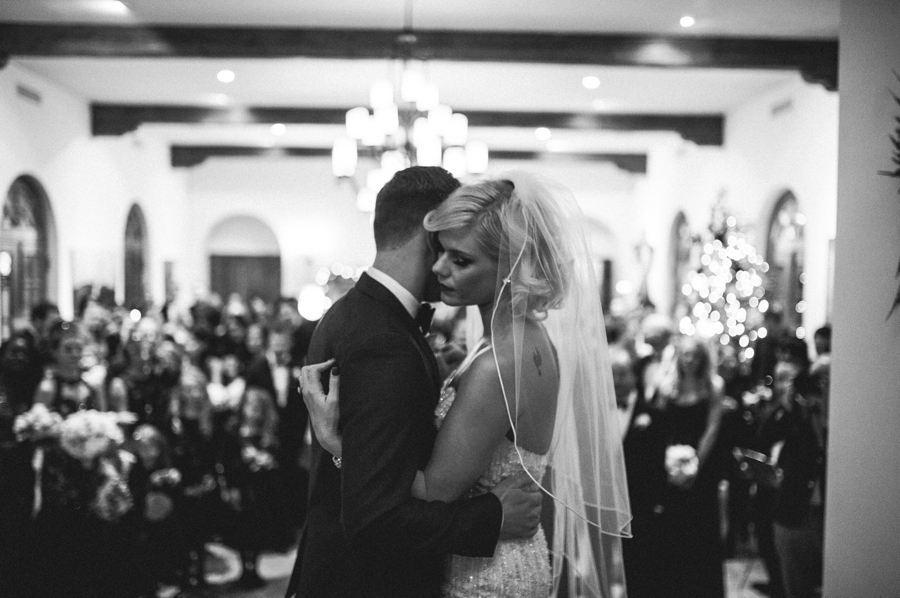 Jordan harvey and Kimberly Caldwell get married in Palm Springs at the Bougainvillea estate shot by EPlove_069